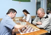 Команда УВСИНГ одержала десятую победу впервенстве по шахматам