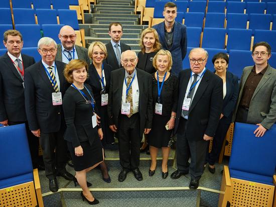 В Югре прошла IIIокружная научно-практическая конференция смеждународным участием