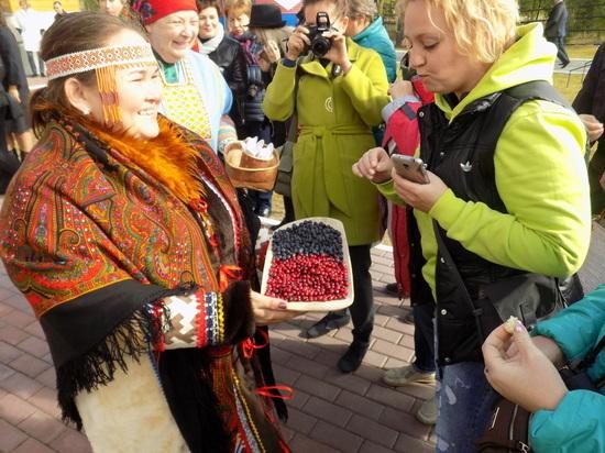 «Библиокараван» посетил национальную деревню Русскинскую в Сургутском районе