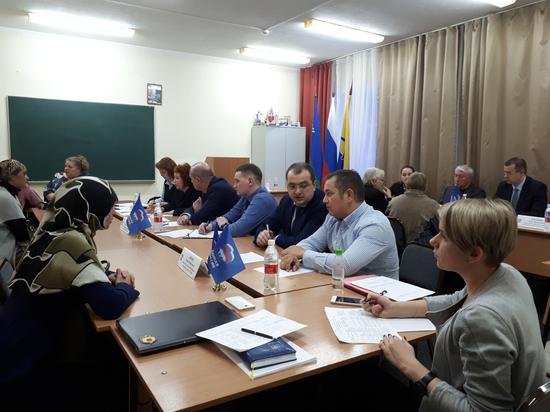 Федеральный партийный проект «Крепкая семья» вошёл в работу сургутских депутатов